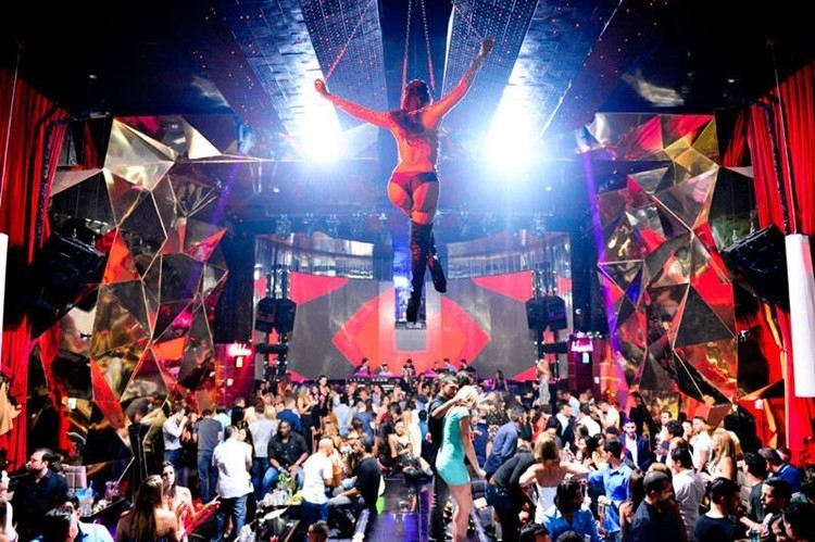 10 INSANE CLUBS YOU HAVE TO SEE TO BELIEVE