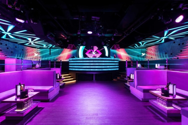 Avry nightclub Singapore view of the interior club lounge area and main stage