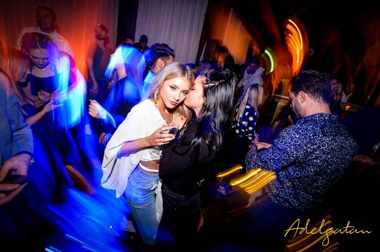 Adelgatan Club nightclub Malmo girls having fun sexy swedish blonde party