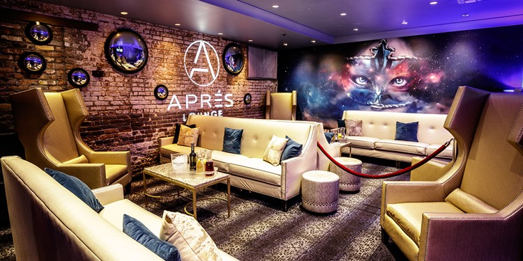 Apres Lounge club New Orleans lounge area luxury tables