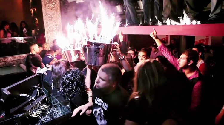 Bypass nightclub Geneva champagne show at party