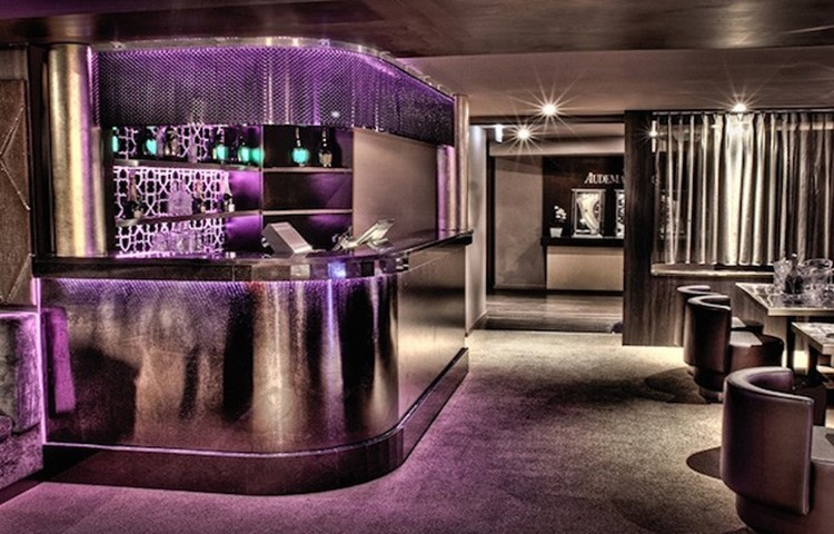 Party at Baroque VIP nightclub in Geneva