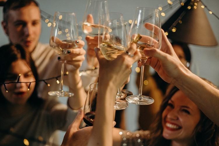 NYE, party, travel, nightlife, nightclub, club, pool, beach, private, vip, event, fun, dubai, miami, europe