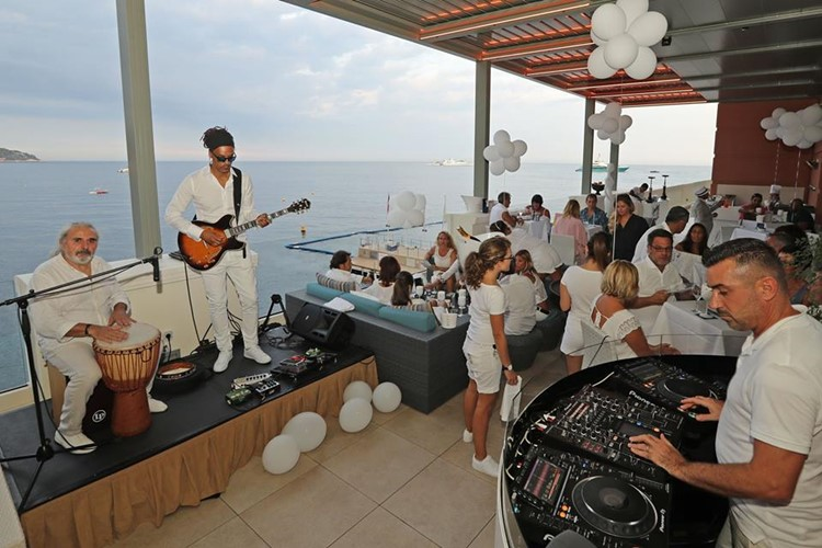 Blue Gin nightclub Monaco party concert dj mixing music people dancing all white dress code