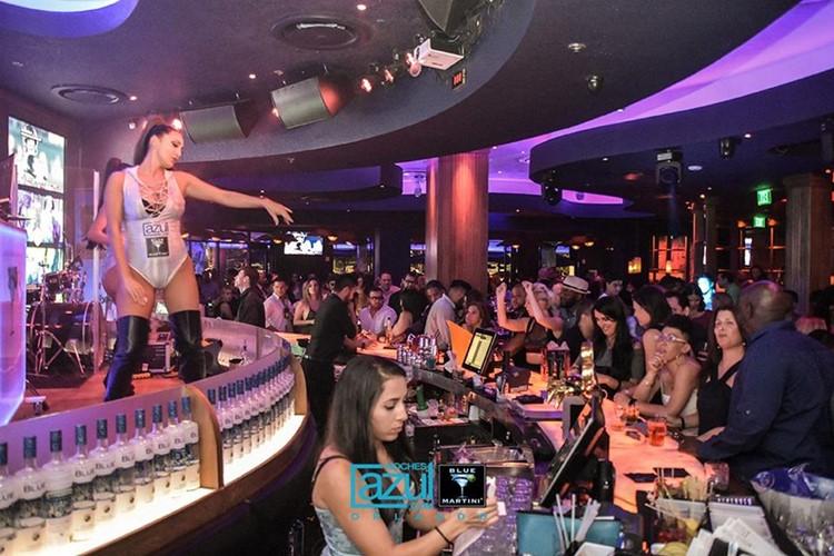 Blue Martini club Orlando party lounge