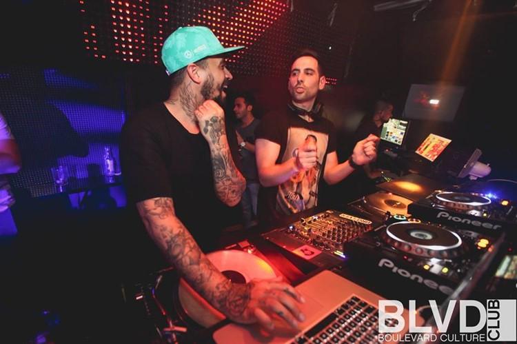 Boulevard nightclub Barcelona djs playing music and having fun
