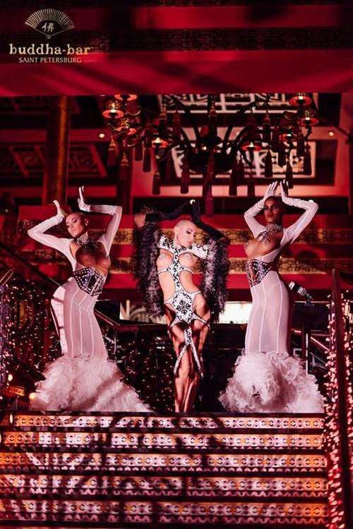 Buddha Bar nightclub Saint Petersburg sexy exotic dancer nude white feathers costumes show