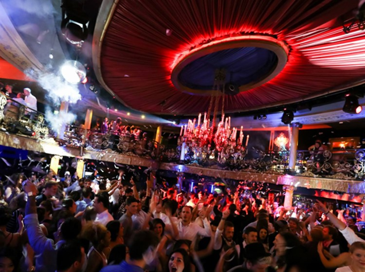 cafe de paris nightclub london twisted circus having a magical amazing show people being happy clapping and dancing