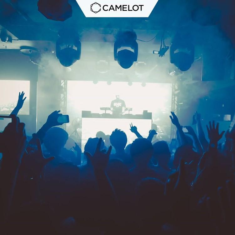 Camelot nightclub Tokyo crowd partying dancing