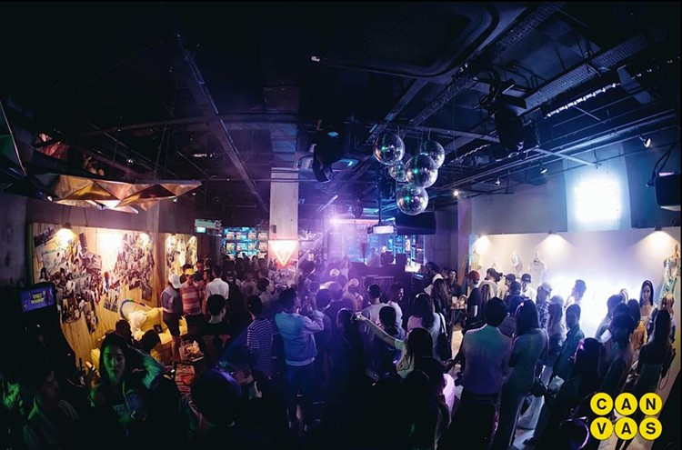 Party at Canvas VIP nightclub in Singapore. Find promoters for guest list in Clubbable