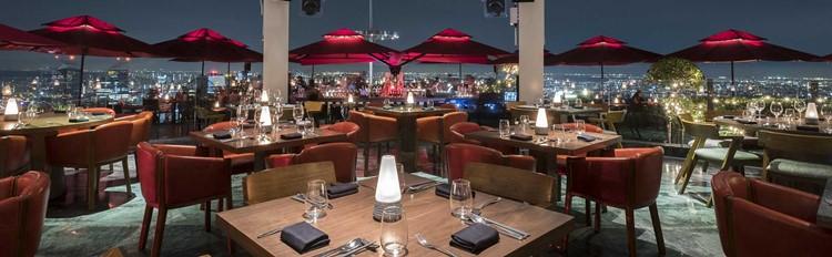 Party at Ce La Vi  VIP nightclub in Singapore