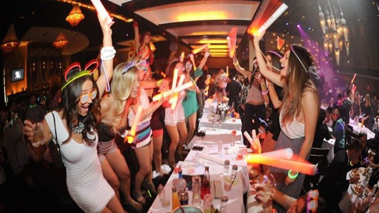 Cielo nightclub New York crowd partying drinking