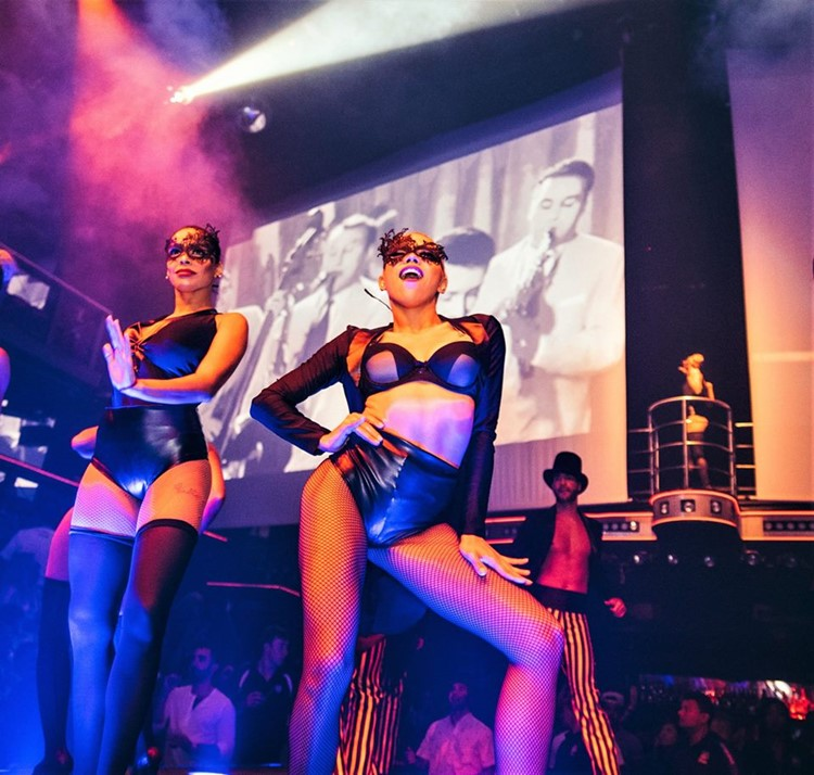 Coco Bongo nightclub Cancun sexy dancers in costumes show stage