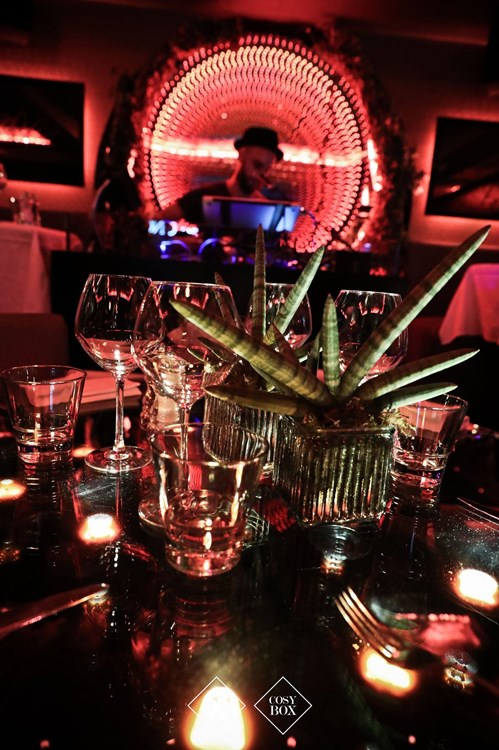 Party at Cosy Box VIP nightclub in Cannes. Find promoters for guest list in Clubbable