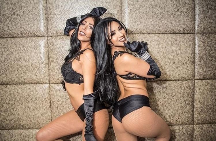 Cuvee nightclub Chicago two brunette sexy girls wearing black lingerie