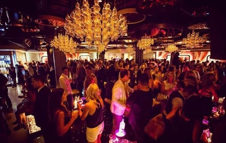 Cuvee nightclub Chicago crowd having fun at party event