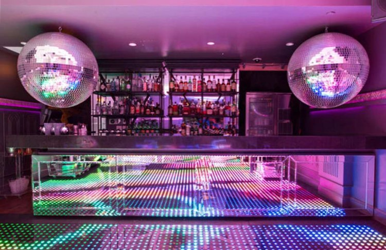 Party at Disco VIP nightclub in Chicago. Find promoters for guest list in Clubbable