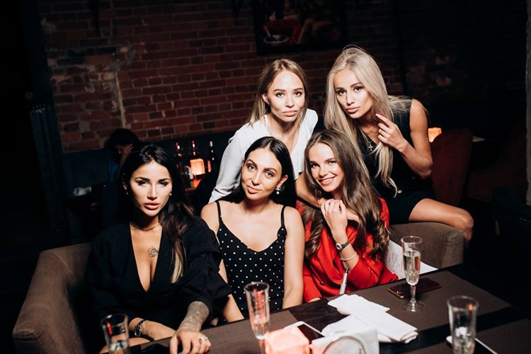 Duran Bar nightclub Moscow group of pretty girls having drinks