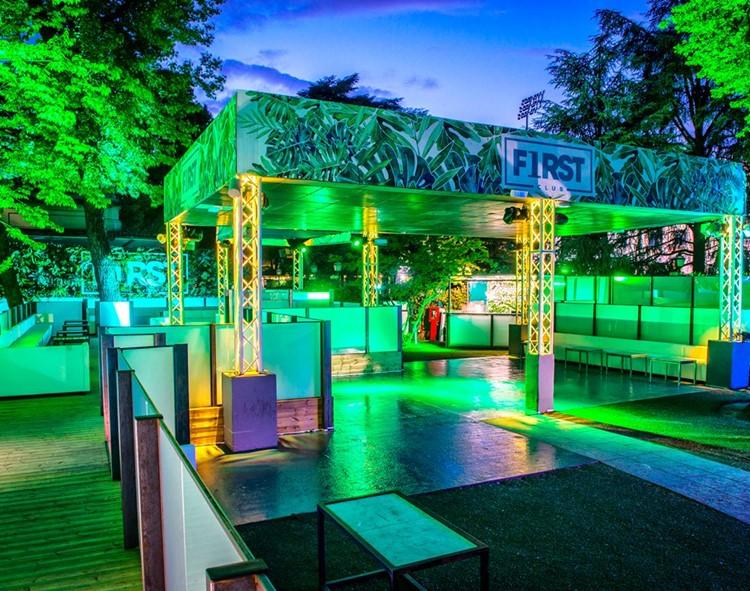 First ночной клуб самые лучшие фитнес клубы москвы с бассейном