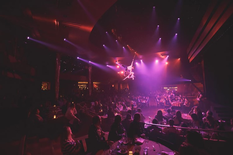 Party at Florida Retiro VIP nightclub in Madrid. Find promoters for guest list in Clubbable