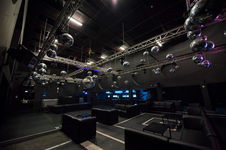 Party at Gate VIP nightclub in Milan. Find promoters for guest list in Clubbable