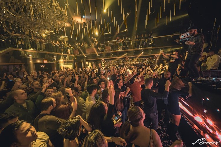 Gold Room Club nightclub Atlanta party people fun crowd dancing drinking