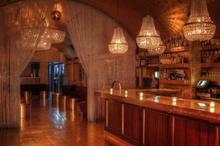 Goldbar nightclub New York City gold luxurious interior design view of the bar
