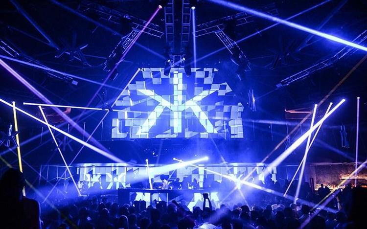 Party at Hakkasan VIP nightclub in Las Vegas