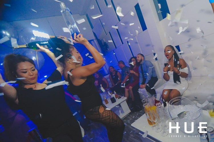 Hue nightclub San Francisco waitresses with champagne bottles hen party bachelorette