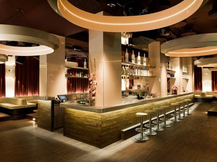 Jade bar view drinks bottles nightclub Zurich