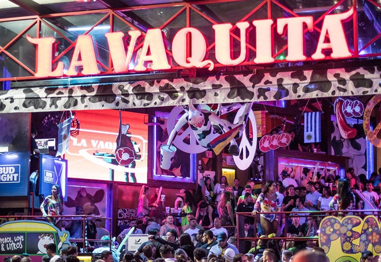 La Vaquita nightclub Cancun