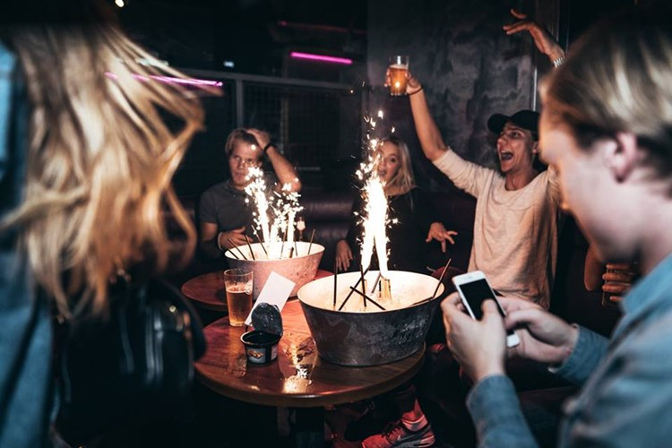 Lawo Club nightclub Oslo table booking bottle service alcohol vodka champagne