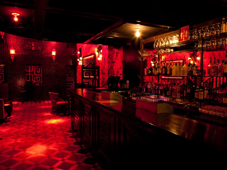 Party at Le Baron VIP nightclub in Paris