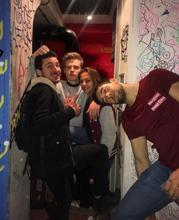 Le Panic Room nightclub Paris boys and girl having fun