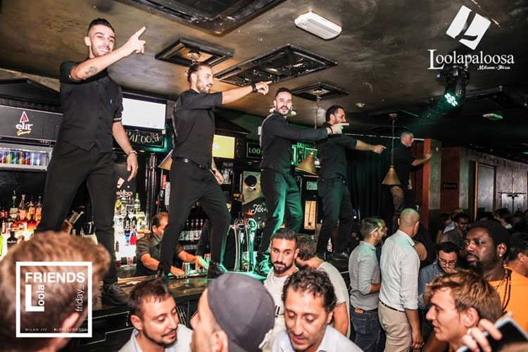 Loolapaloosa nightclub Milan party sexy men waiter dancing striptease