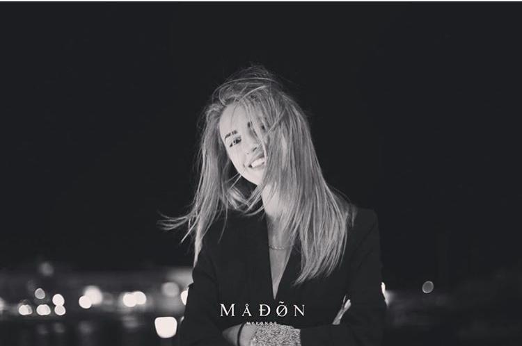 Madon nightclub Mykonos pretty blonde girls having fun