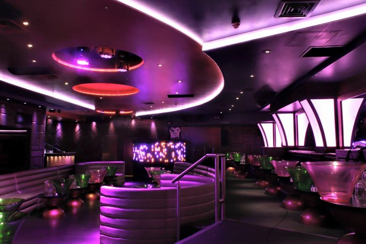 Party at Maddox VIP nightclub in London