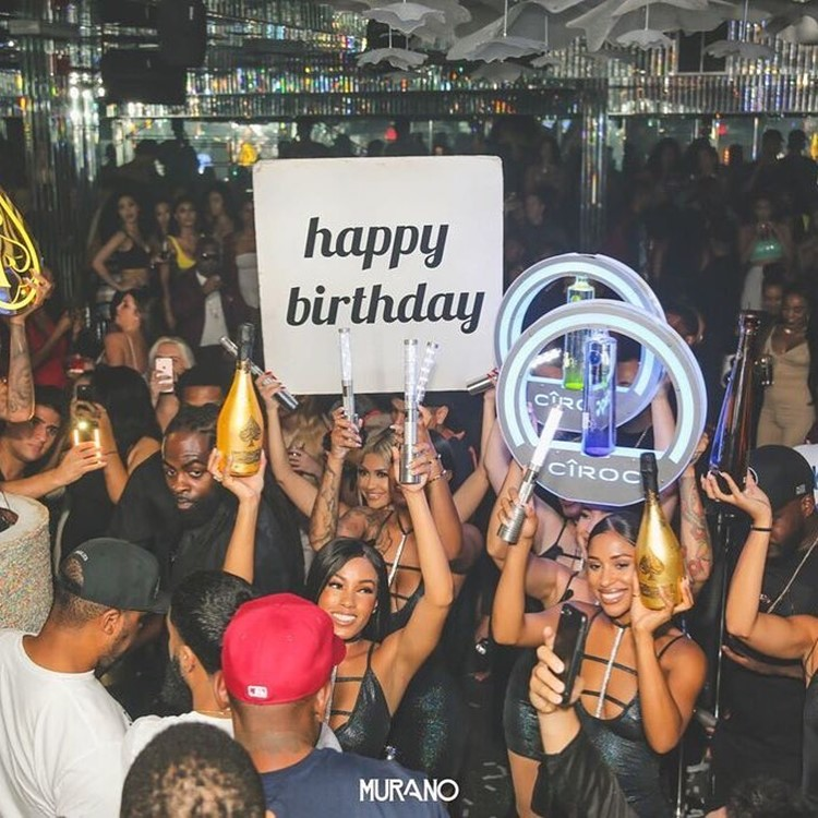 Murano nightclub Los Angeles crowd having fun at party drinking