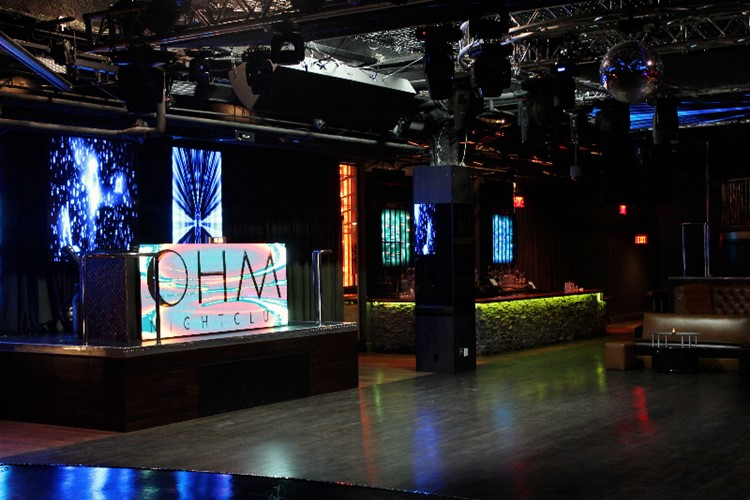 Party at Ohm  VIP nightclub in Los Angeles