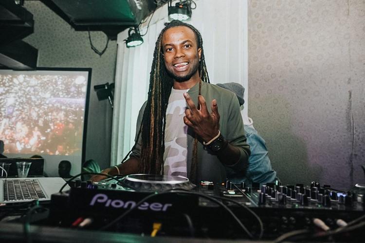 Ono nightclub Orlando party dj mixing music