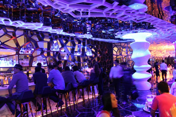 Ozone club Hong Kong luxury modern interior design bar view mirrors on walls and ceiling