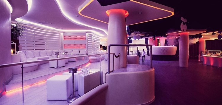 Party at Pacha VIP nightclub in Barcelona