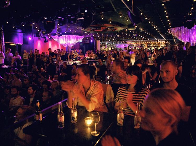 Park Lane Show club nightclub Gothenburg party people crowd tables alcohol