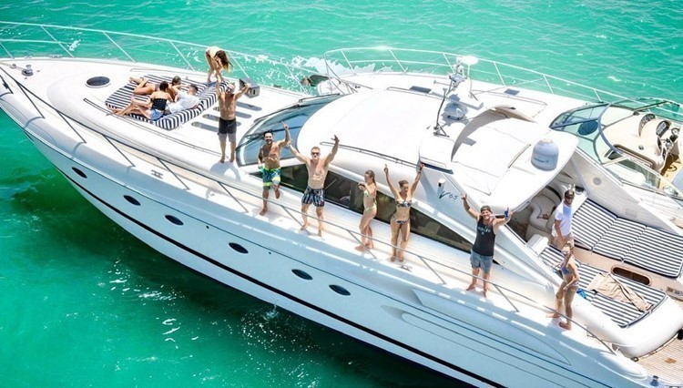 Miami, Dubai, boat, yacht, vip, party, fun, book, rent, private, luxury, event, people, corona, virus, pandemic, how to, arrange a gathering