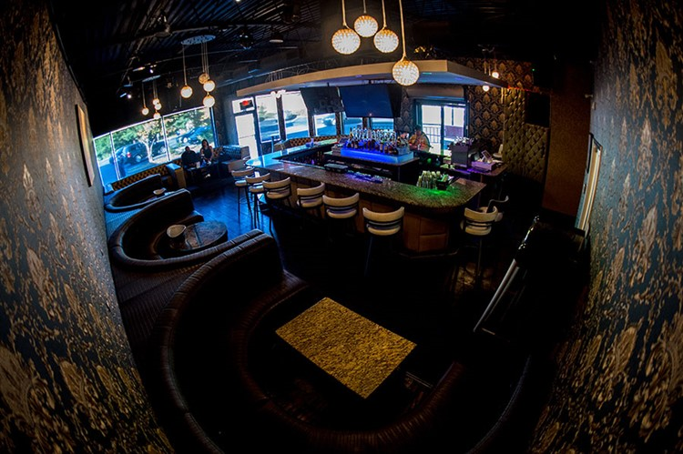 Pure Lounge Atlanta bird view of the club table service