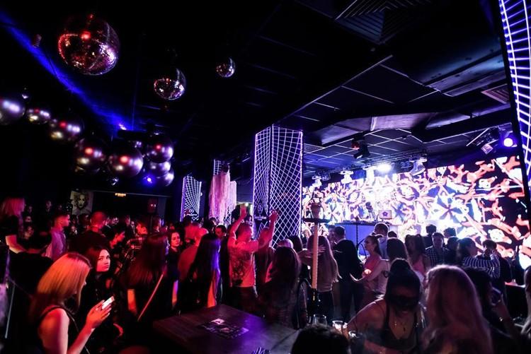 Вакансии промоутер в ночной клуб москвы афиша ночные клубы москвы