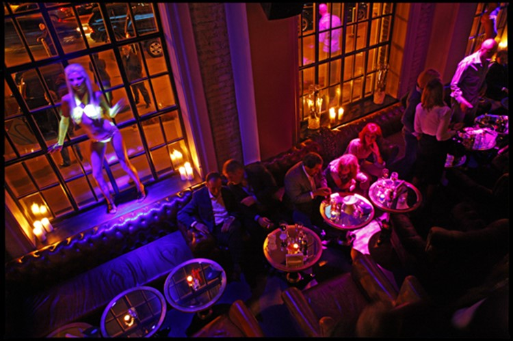 Soho Rooms nightclub Moscow exotic dancer on window scene