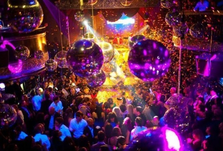Soho Rooms nightclub Moscow crowd having fun special lights effects people dancing drinking partying