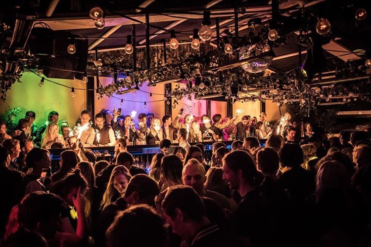 Party at Solidaritet VIP nightclub in Stockholm. Find promoters for guest list in Clubbable