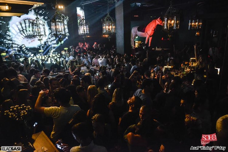 Solo Club nightclub Tel Aviv crowd dancing having fun